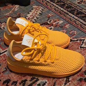 Pharrell Williams HU sneakers